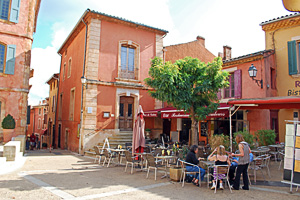 The French village of Roussillon